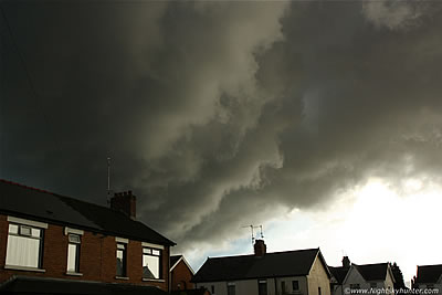 Belfast Thunderstorms & Dramatic Updraught Base - July 29th 2013